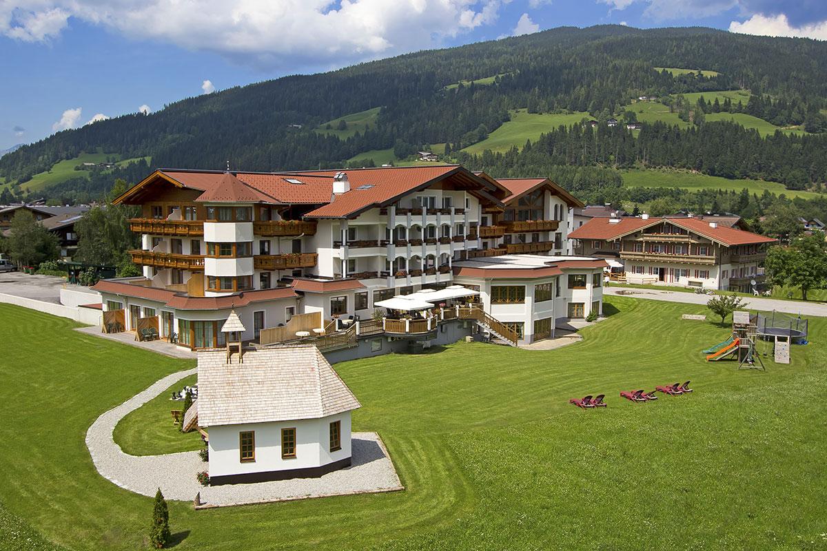 4 sterne hotel das urbisgut altenmarkt zauchensee for 4 sterne hotel dortmund