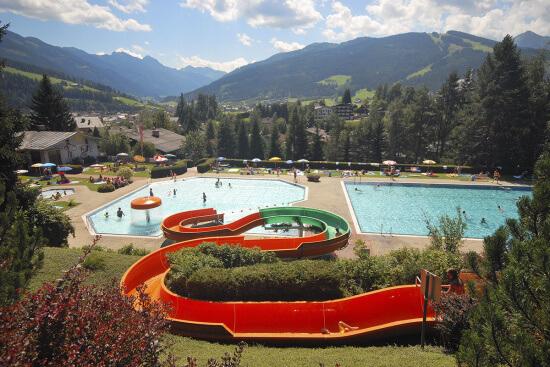 Sommerurlaub Salzburger Land - Alpenschwimmbad Radstadt