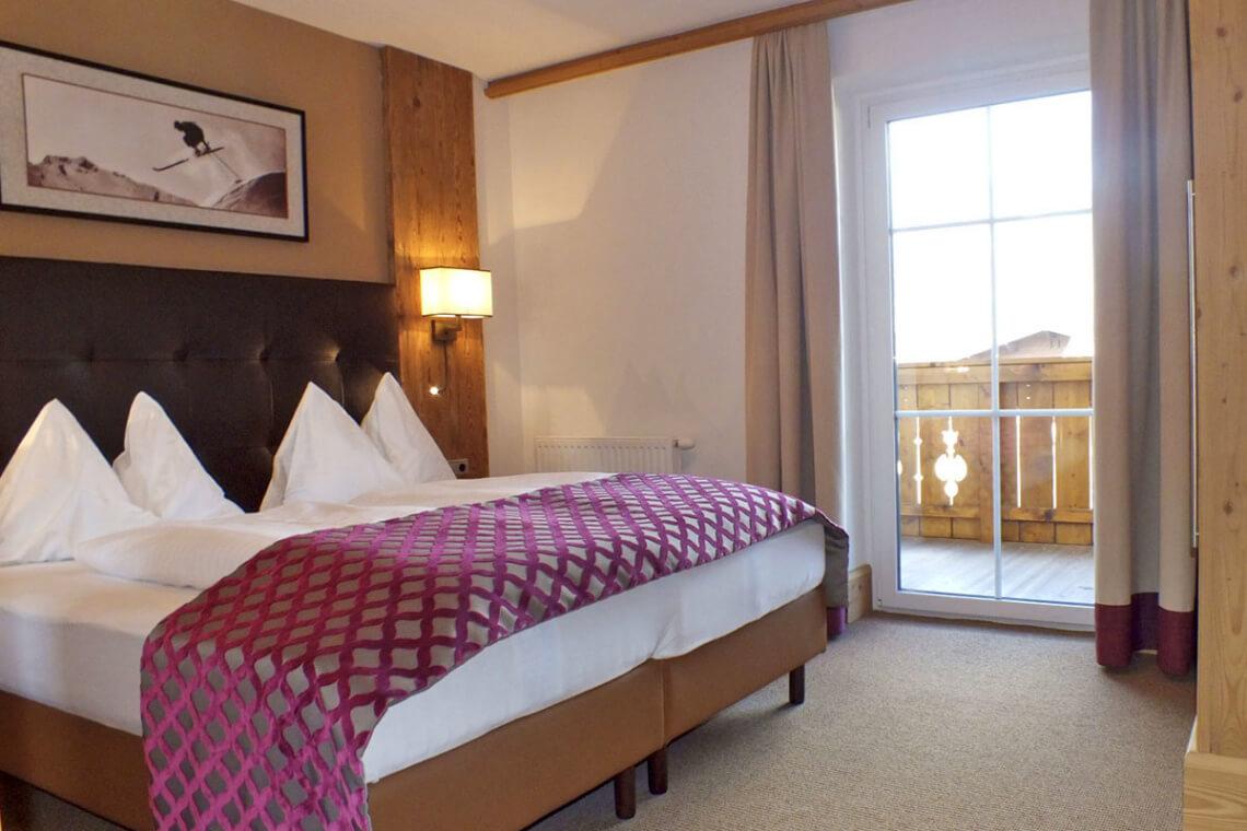 gro e zimmer suiten hotel das urbisgut in altenmarkt i. Black Bedroom Furniture Sets. Home Design Ideas